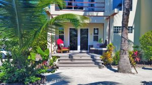 Tres Cocos Resort, Ambergris Caye, Belize Office